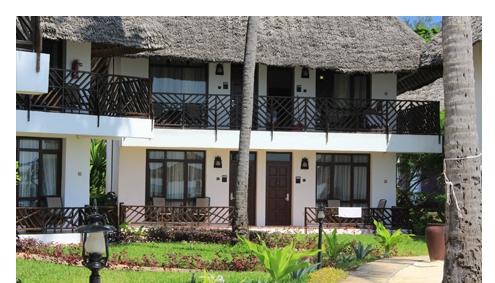 DoubleTree Resort by Hilton Sansibar Strand Afromaxx